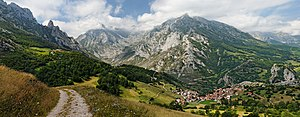 The Central Massif of the Picos de Europa, showing the peaks of Peña Main overlooking the village of Sotres in Cabrales, Asturias, Spain.