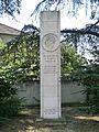 Stèle hommage à Gustave Clavez à Trévoux.JPG