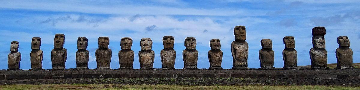 Standing Moai at Ahu Tongariki, Easter Island, Pacific Ocean.jpg