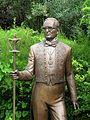 Statue of Pierre Cardin by Andrei Kovalchuk, Paris.jpg