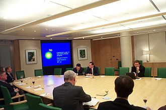 BP - Steven Koonin, BP's then-Chief Scientist, speaking in the company boardroom in 2005 (top right of picture)