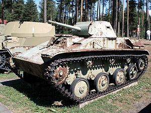 الدبابات الاشقاء من العائلة تي ( انها حقا عائلة محترمة اخري ) - صفحة 5 300px-T60_parola_1