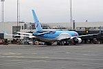 TUI, G-OBYH, Boeing 767-304 ER (25765252087).jpg
