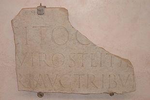 Frammento dell'iscrizione sepolcrale di Tacito, Roma, Museo Epigrafico[34].