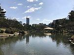 Takueichi Pond and Seifukan Teahouse in Shukkei Garden 1.jpg