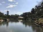 Takueichi Pond and Seifukan Teahouse in Shukkei Garden 2.jpg