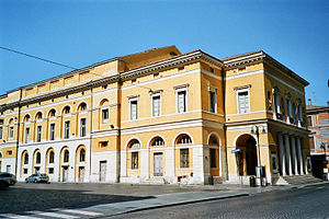 Teatro Comunale Alighieri - The theatre building