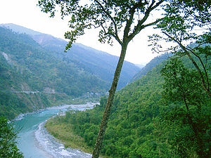 Climate of West Bengal - National Highway 31A winds along the banks of the Teesta River near Kalimpong, in the Darjeeling Himalayan hill region in West Bengal.