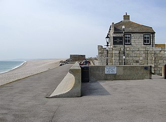 Chiswell - The Cove House Inn and part of the esplanade.