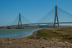 The bridge joining Portugal with Spain (33329935234).jpg