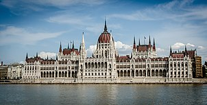 The building of the Hungarian Parliament (10890208584)