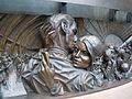 The meeting place - Paul-Day - détail du bas relief.jpg
