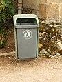 Thiel-sur-Acolin-FR-03-poubelle de rue-1.jpg