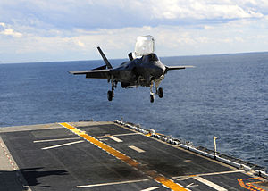 US Navy 111003-N-ZZ999-003 An F-35B Lightning II makes the first vertical landing on a flight deck at sea aboard the amphibious assault ship USS W.jpg