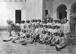 Philippine Revolution - Image: Ultimos Filipinas