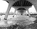 Under Manchester Bridge (7790612700).jpg