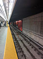 Union TTC subway station second platform 3.jpg