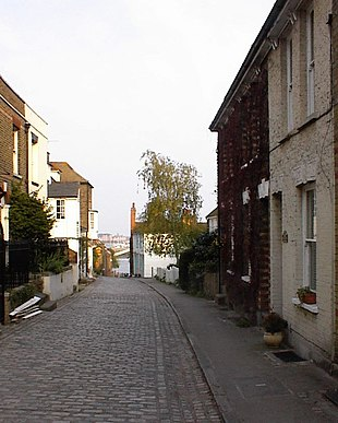 Upper Upnor High Street