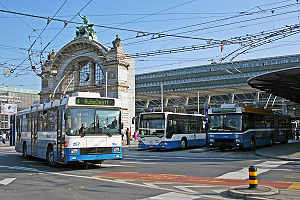 Lucerne railway station - Bus station in front of the railway station