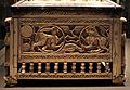 Venezia (attr.), cassetta-reliquiario in avorio e montatura in argento niellato, xiii secolo 12.jpg
