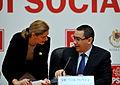 Victor Ponta si Ramona Manescu la prezentarea Strategiei de Dezvoltare a Retelei de Autostrazi 2014-2018 in cadrul Grupurilor parlamentare reunite ale USL (11189114853).jpg