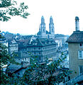 View over Zürich (3248139979).jpg