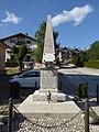 Vigolo Vattaro - Monumento ai caduti.jpg