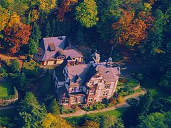 Villa Haas Luftbild.jpg