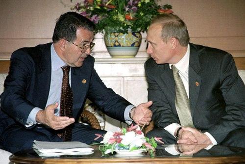 Vladimir Putin with Romano Prodi-1