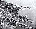 Vue aerienne du chantier Davie, 1943.jpg