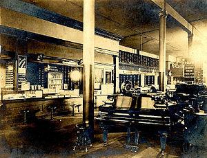 Metropolitan Music Co. (Minneapolis) - Image: W.J. Dyer and Bro. music store (interior), St. Paul, Minnesota, circa 1900. (Location no. HF4.9 m 2, Negative no. 78037)