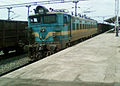 WAG-7 27486 of Erode with a freight train at Pithapuram 01.jpg