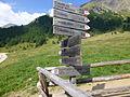 Wegweiser fingerpost Fane Alm Südtirol.JPG