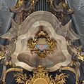 Weingarten Orgel Kronwerk Wappen.jpg