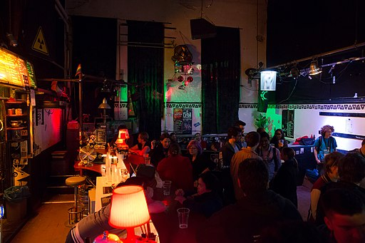 Wikimedia Hackathon Vienna 2017-05-20 Party at Arena 05