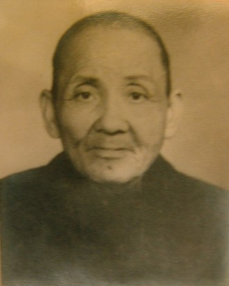 Wong Fei-hung - Alleged photo of Wong Fei-hung by his disciple Kwong Kei-tim (鄺祺添), rediscovered in 2005