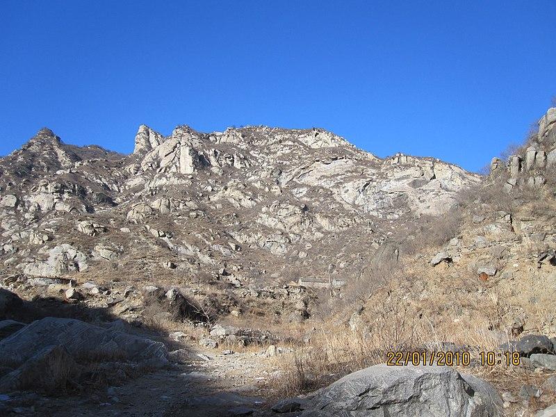 File:Yixian, Baoding, Hebei, China - panoramio - gclai19801225 (5).jpg