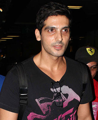 Zayed Khan - Zayed Khan at the airport en route to IIFA 2013 in Macau on 5 July 2013.