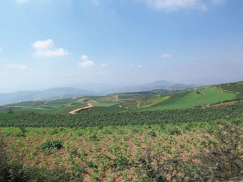 File:Zhaoyang, Zhaotong, Yunnan, China - panoramio - hilloo (106).jpg