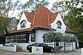 """""""Duinhutje"""", westelijk deel van een ensemble van drie villa's, Vandaelelaan 6, Duinbergen (Knokke-Heist).JPG"""