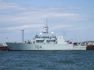 HMCS Shawinigan (MM 704) - Image: (MM 704)NCSM Shawinigan