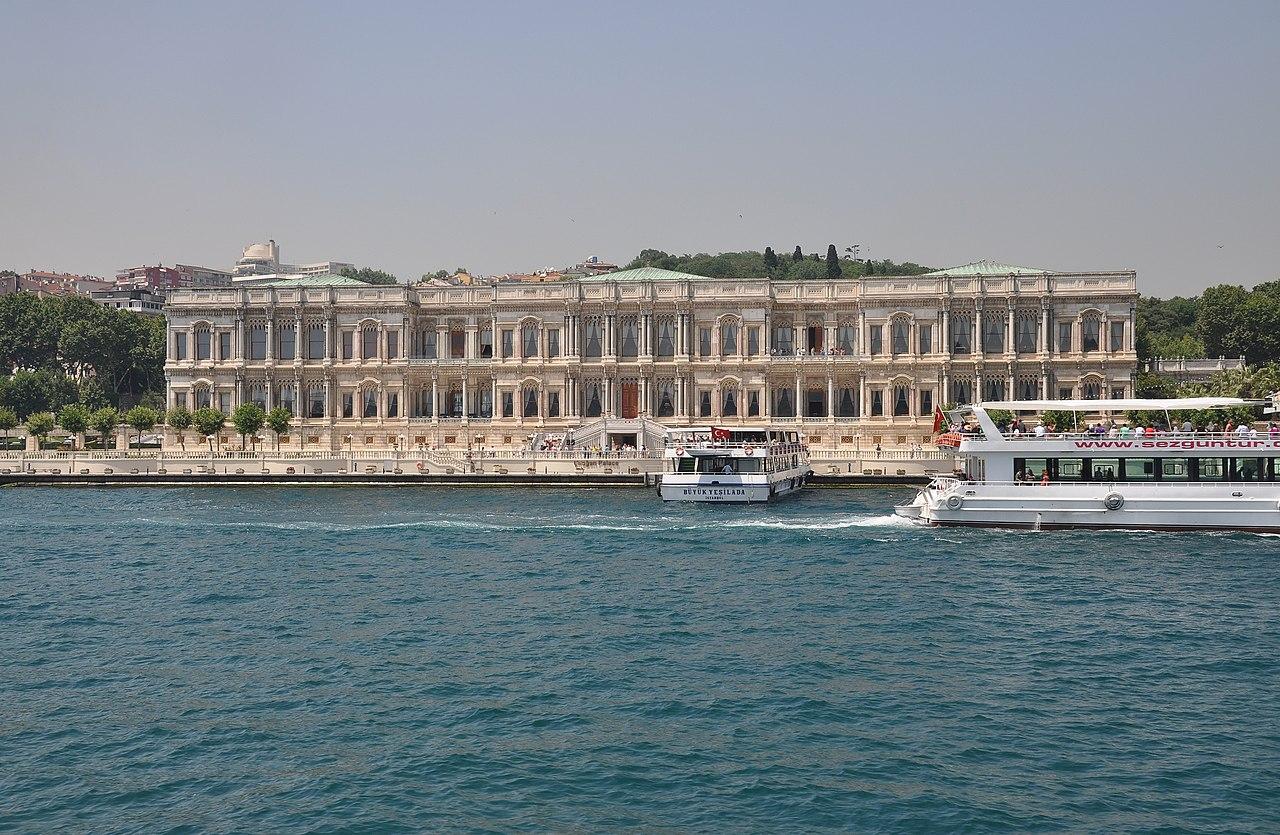 C A Turkey Istanbul File:Çırağan Pa...