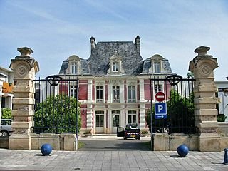 Épône Commune in Île-de-France, France