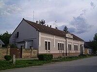 Újszentiván községháza.JPG