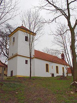 Žežice kostel sv.Petra a Pavla.JPG