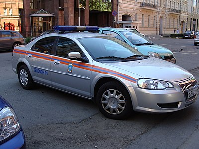 A GAZ Volga used by the Police of Russia Operativnyi avtomobil' MChS, Sankt-Peterburg (00).JPG