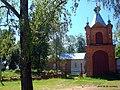 Церковь на кладбище - panoramio.jpg