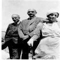 וורה וויצמן חיים וויצמן אלכסנדר גולדשטיין 1932-PHZPR-1253152.png