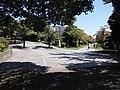 多摩ニュータウンでネットワーク化されている遊歩道の分岐地点130828.JPG