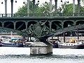 橋墩鑄像 Pont de Bir-hakeim - panoramio.jpg